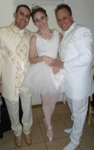 A russa que entrou dançando Ballet  e representando a rosa .
